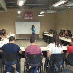 Imparten taller de desarrollo humano a alumnos de la UTCH