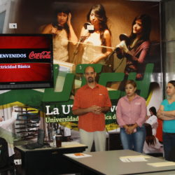 UTCH capacita empleados de Coca-Cola