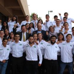 Se reune el secretario de educación y deporte Pablo Cuaron con alumnos de programa de movilidad