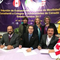 UTCh firma convenio con universidad canadiense