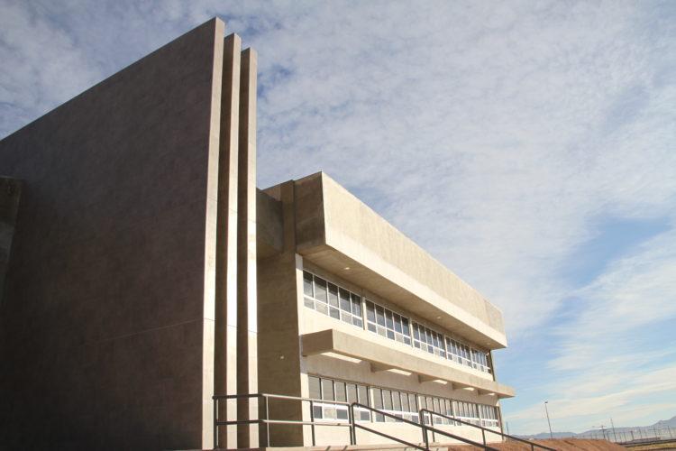Entrega de próximas instalaciones de la Unidad Académica BIS