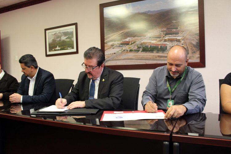 UTCH firma convenio de colaboración con la empresa Compecer S.C.