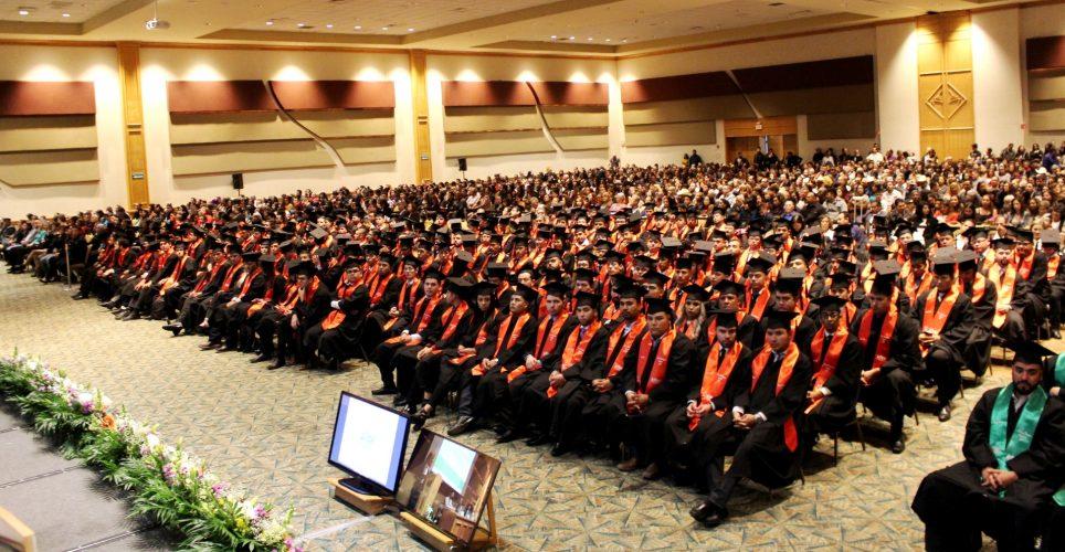 Se realiza la Ceremonia de Graduación de la Universidad Tecnológica de Chihuahua