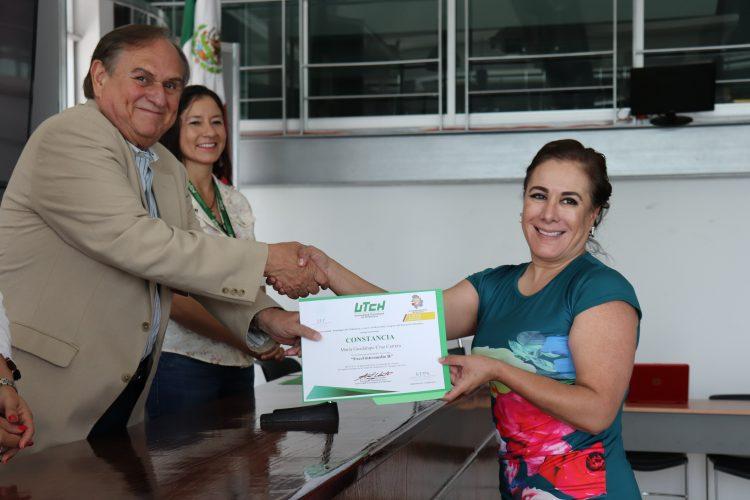 CONTRIBUYE UTCH A EFICIENTIZAR LABORES EN EL CONGRESO DEL ESTADO
