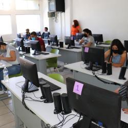 Exitoso examen de admisión de 1,240 aspirantes a la Universidad Tecnológica de Chihuahua en línea